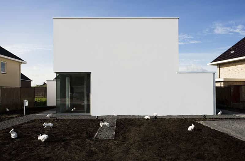casa moderna con fachada minimalista 2