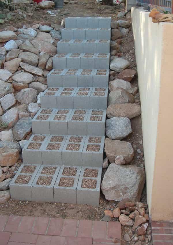 12 sencillas ideas para decorar tu hogar con bloques de cemento