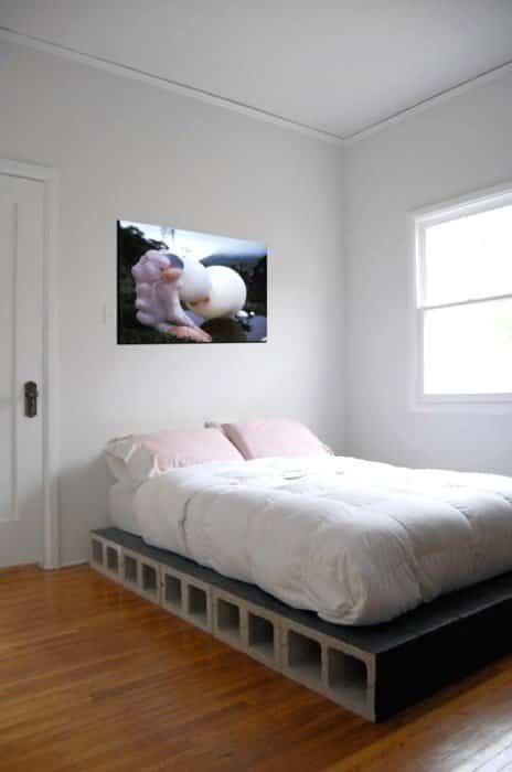 bloques de cemento para decorar 6 cama con almacenamiento