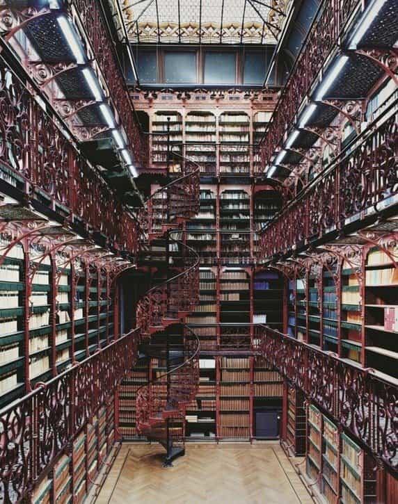 bibliotecas mas extranas del mundo 13