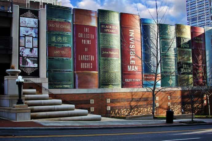 bibliotecas mas extranas del mundo 6