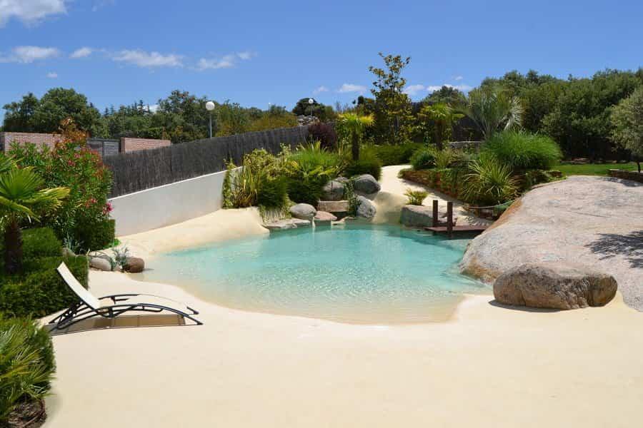 8 tipos de piscinas pensadas para todo tipo de bolsillos for Piscinas de arena