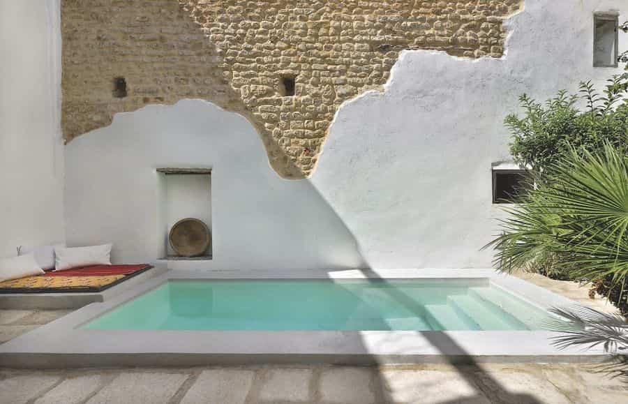 8 tipos de piscinas pensadas para todo tipo de bolsillos for Cuanto cuesta una piscina de cemento