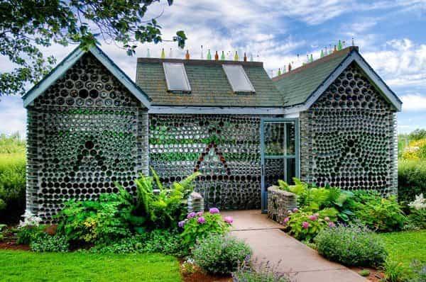10 casas construidas con materiales inusuales que te sorprenderán