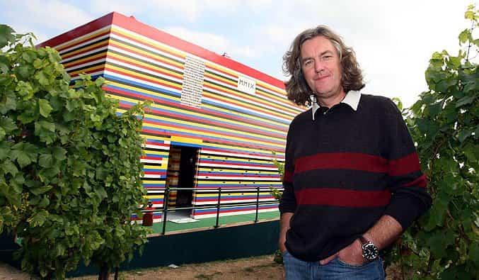 casa construida con materiales reciclados 11