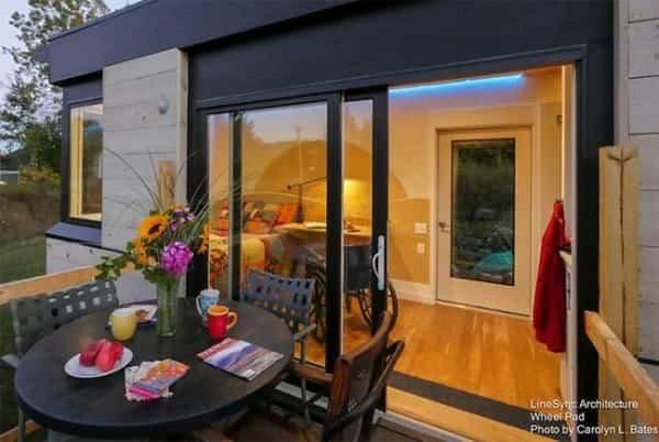 pequena casa sobre ruedas adaptada 3