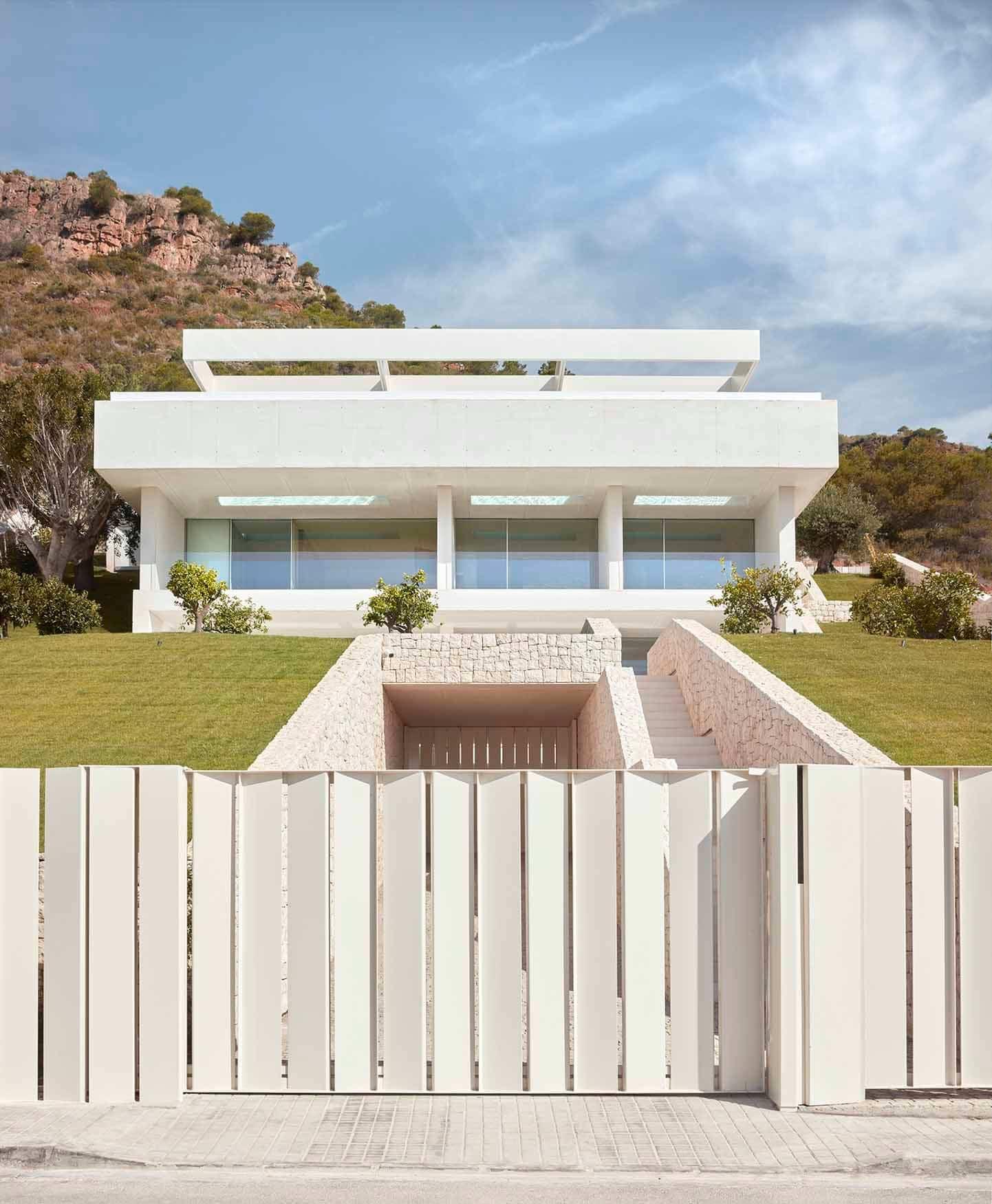 Casa de la Cantera, una vivienda situada en la cima de una ladera