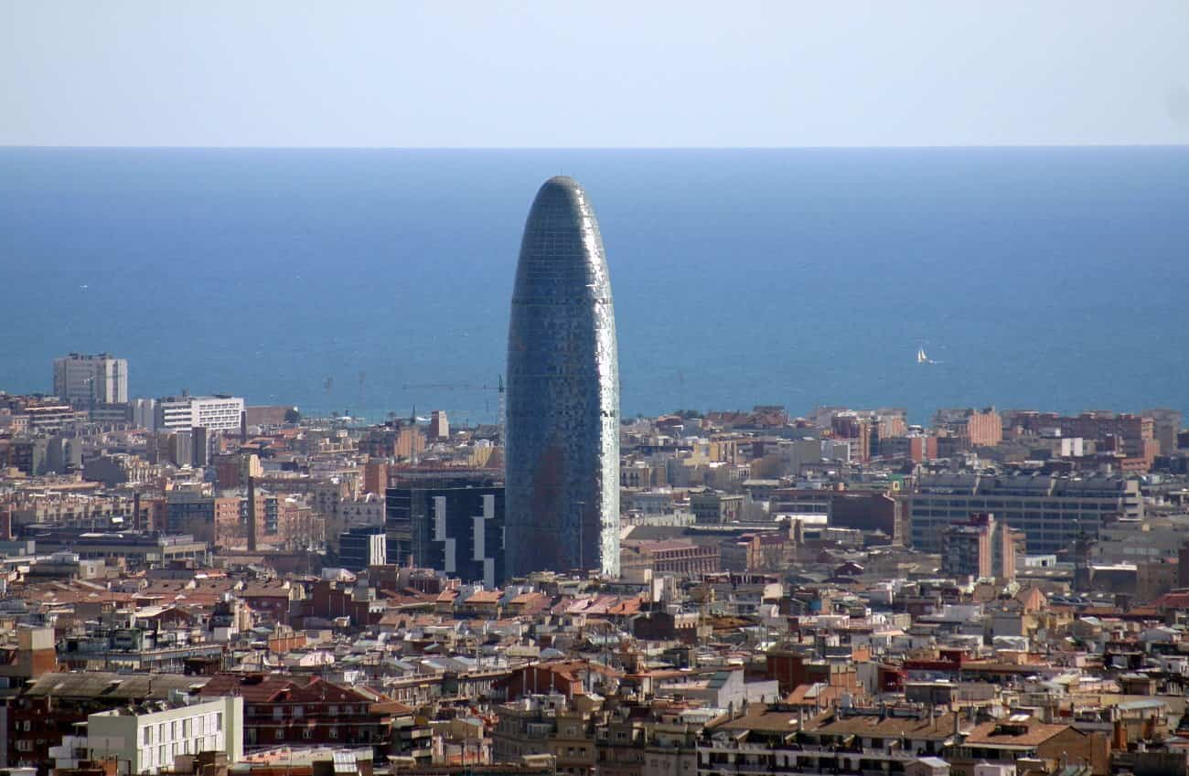 arquitectura moderna 3 torre agbar