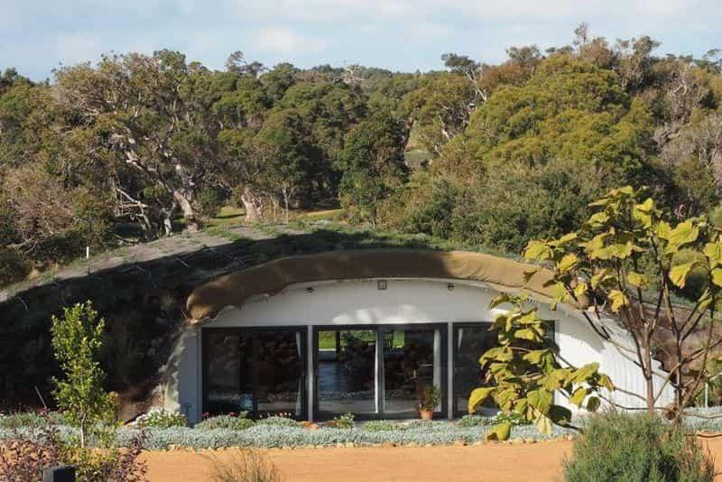 casas protegidas por tierra 2