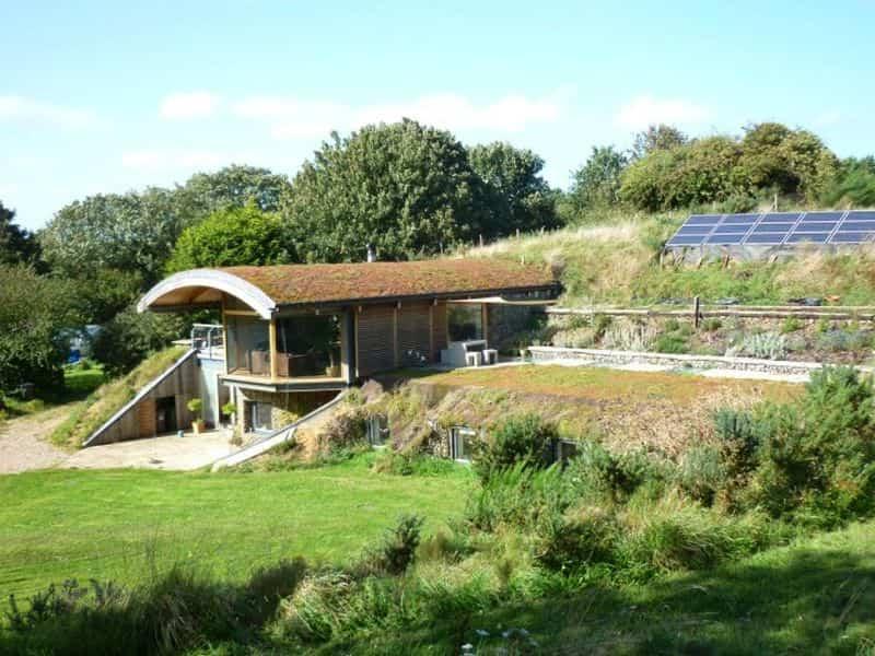 casas protegidas por tierra 3
