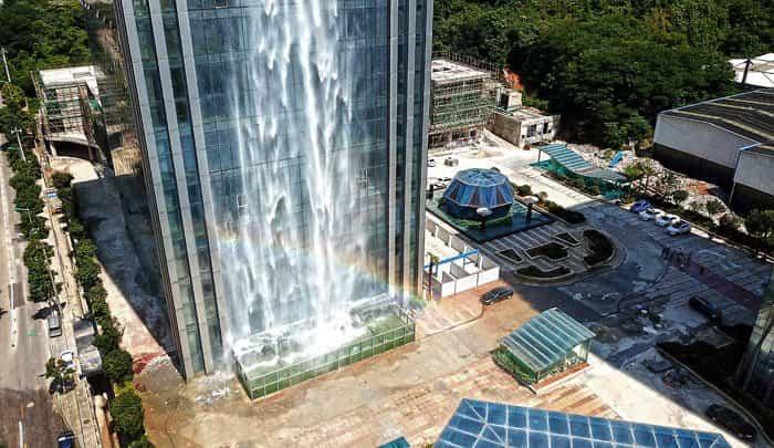 cascada en rascacielos china 8