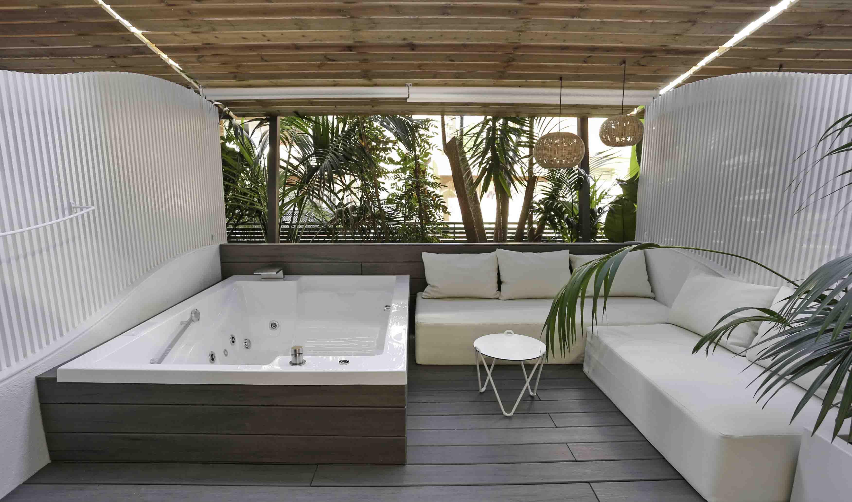 El Hotel Kaktus Playa se moderniza con inspiración mediterránea