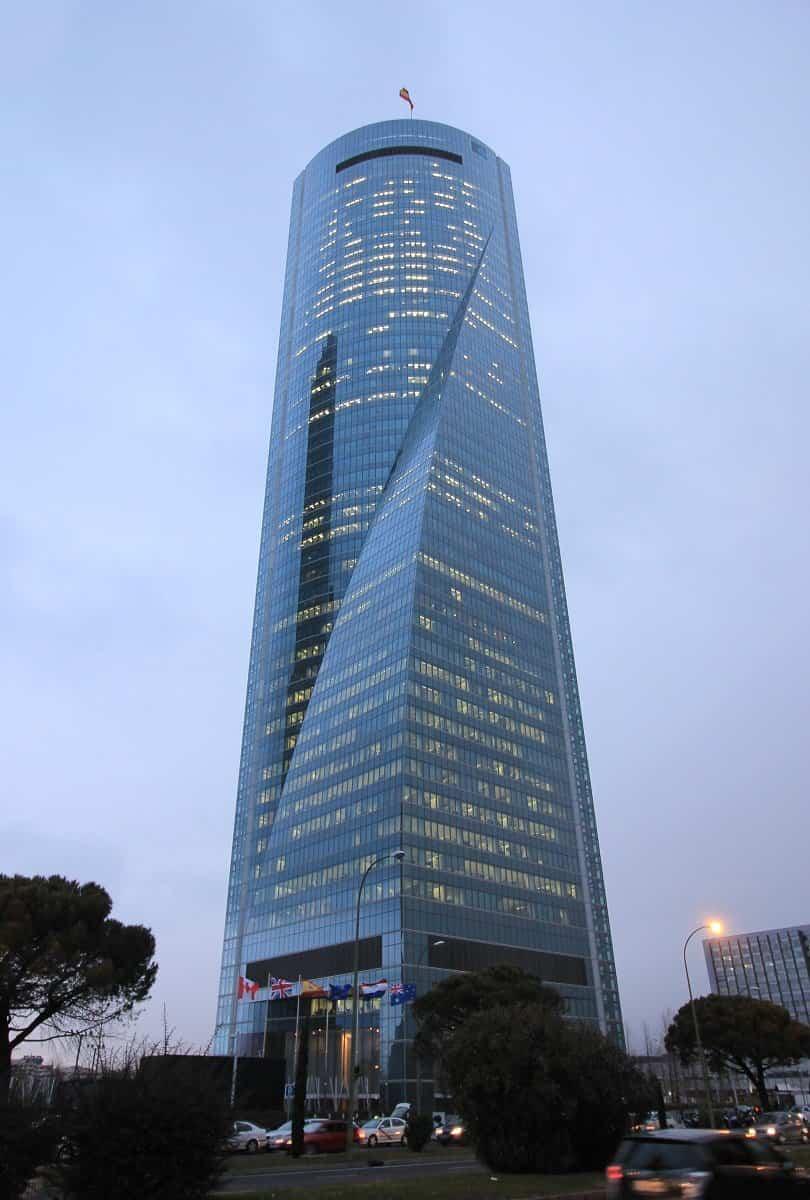 4 torre espacio