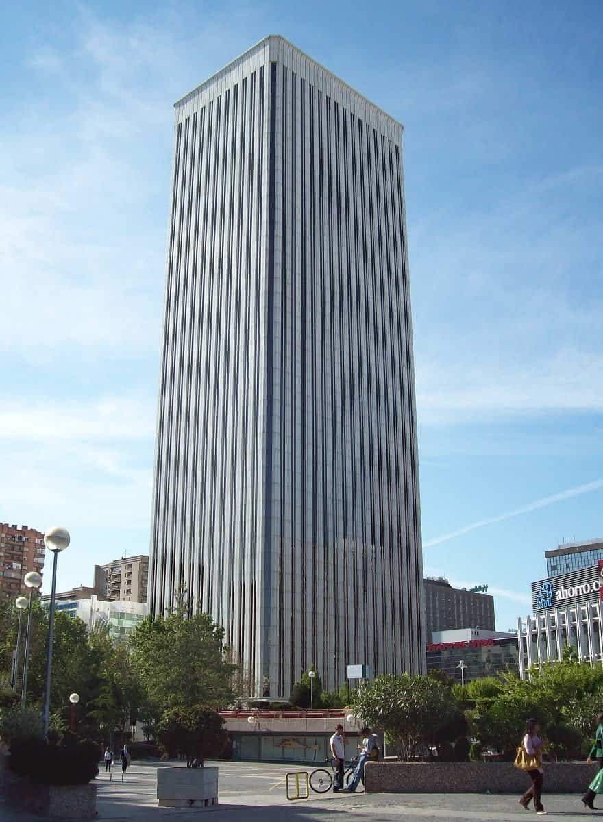 5 torre picasso